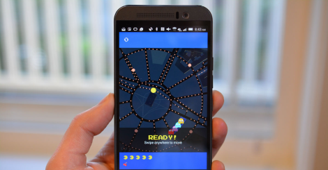 El juego está disponible en computadoras de escritorio y algunos celulares.