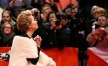 La actriz británica Emma Thompson llega a la alfombra roja para la presentación de la película 'Alone in Berlin' en el 66 Festival de Cine de Berlín, este lunes 15 de febrero de 2016 AFP / Tobias Schwarz